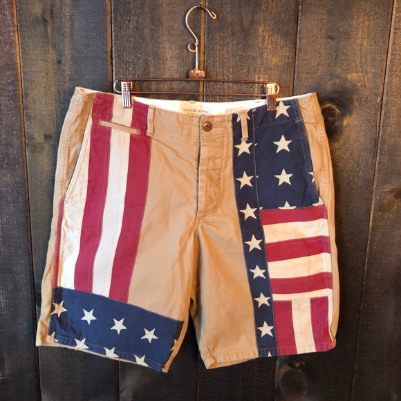 bfe7d0abe Ralph Lauren Denim   Supply USA Flag Cargo Shorts.  M 5c383082de6f625900526d75